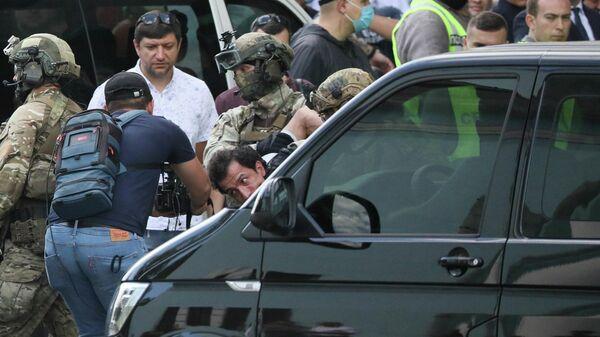 Задержание мужчины, угрожавшего взорвать заложников в бизнес-центре в Киеве