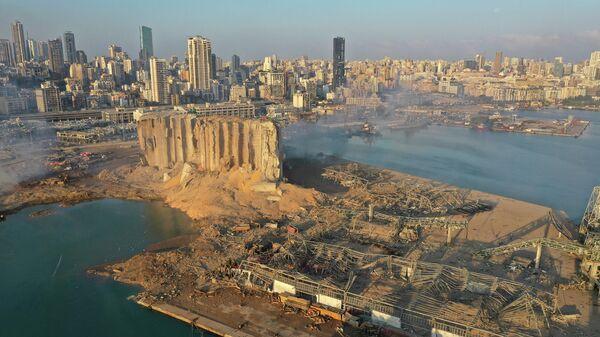 """""""Роскосмос"""" опубликовал спутниковые снимки последствий взрыва в Бейруте"""