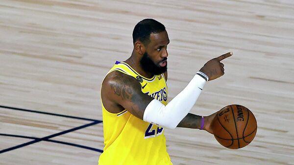 """Адетокунбо, Харден и Джеймс претендуют на звание MVP """"регулярки"""" НБА"""