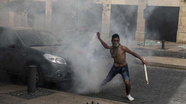 LIVE: Антиправительственные протесты в пострадавшем от взрывов Бейруте