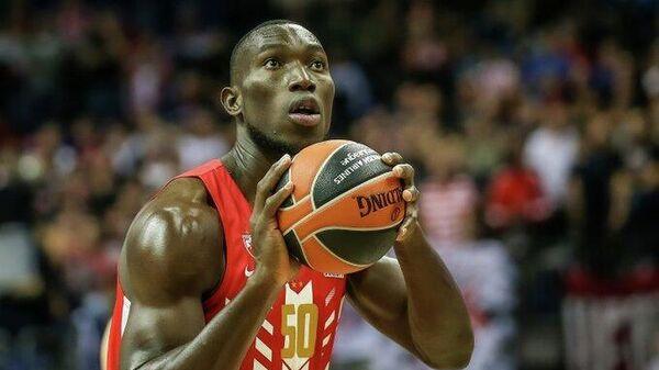 Баскетболист Майкл Оджо