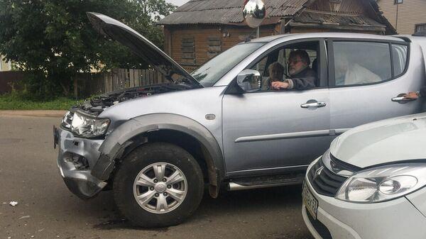 Александр Ширвиндт попал в аварию в Валдае на перекрёстке улиц Ленина и Совхозной