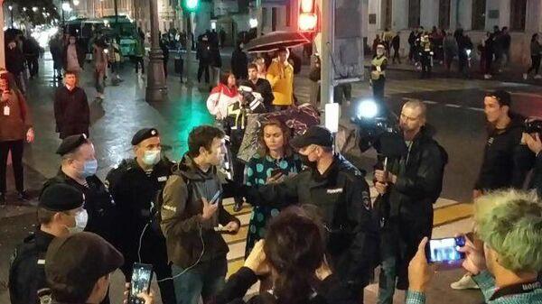Кадры задержаний у посольства Белоруссии в Москве