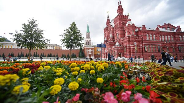 Фестиваль цветов в ГУМе