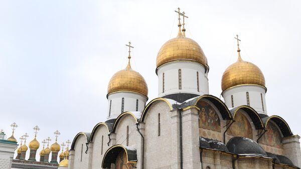 Яко един камень: история великого храма, восстановленного после труса