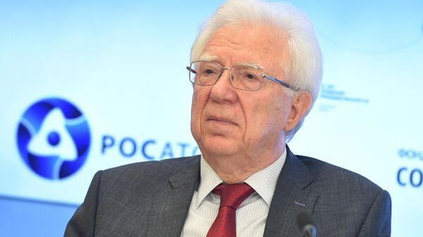 Председатель Межрегионального общественного движения ветеранов атомной энергетики и промышленности Владимир Огнев