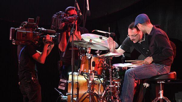 Выступление трио Даниила Крамера на Международном музыкальном фестивале Koktebel Jazz Party – 2020 в Крыму