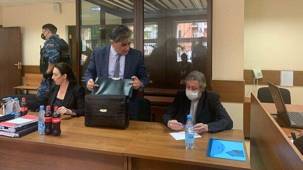 Участники процесса по делу Михаила Ефремова о смертельном ДТП в зале Пресненского суда. 1 сентября 2020