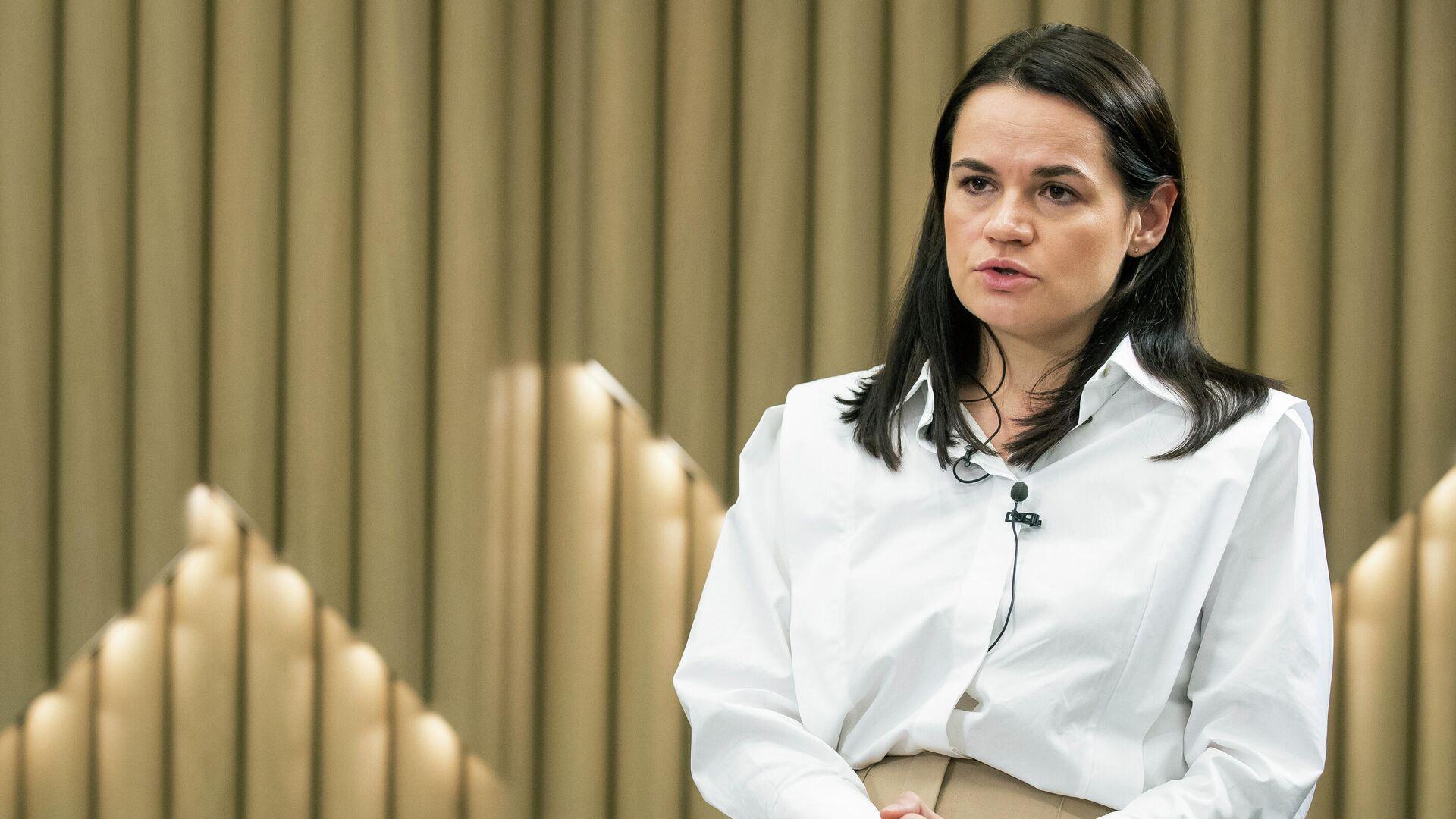 Светлана Тихановская во время интервью в Вильнюсе, Литва - РИА Новости, 1920, 23.09.2020