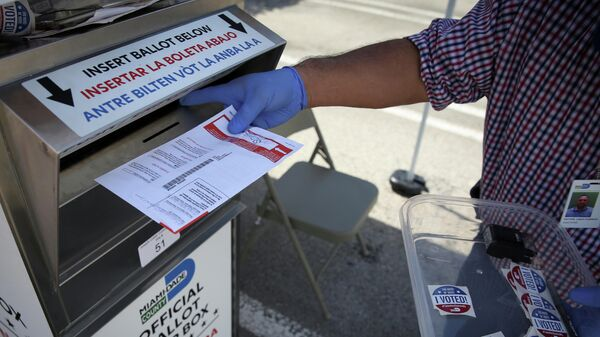 Ящик для голосования в Майами, США