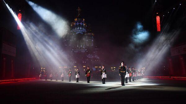 На XIII Международном военно-музыкальном фестивале Спасская башня