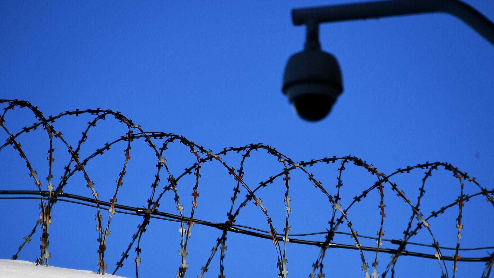 В Новосибирске завели дело на полицейского за пытку шокером