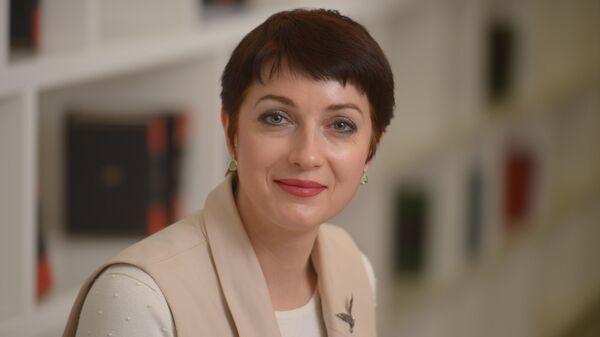 Медиаменеджер, интернет-технолог и заместитель директора Дирекции государственных проектов медиагруппы Россия сегодня Ирина Кедровская