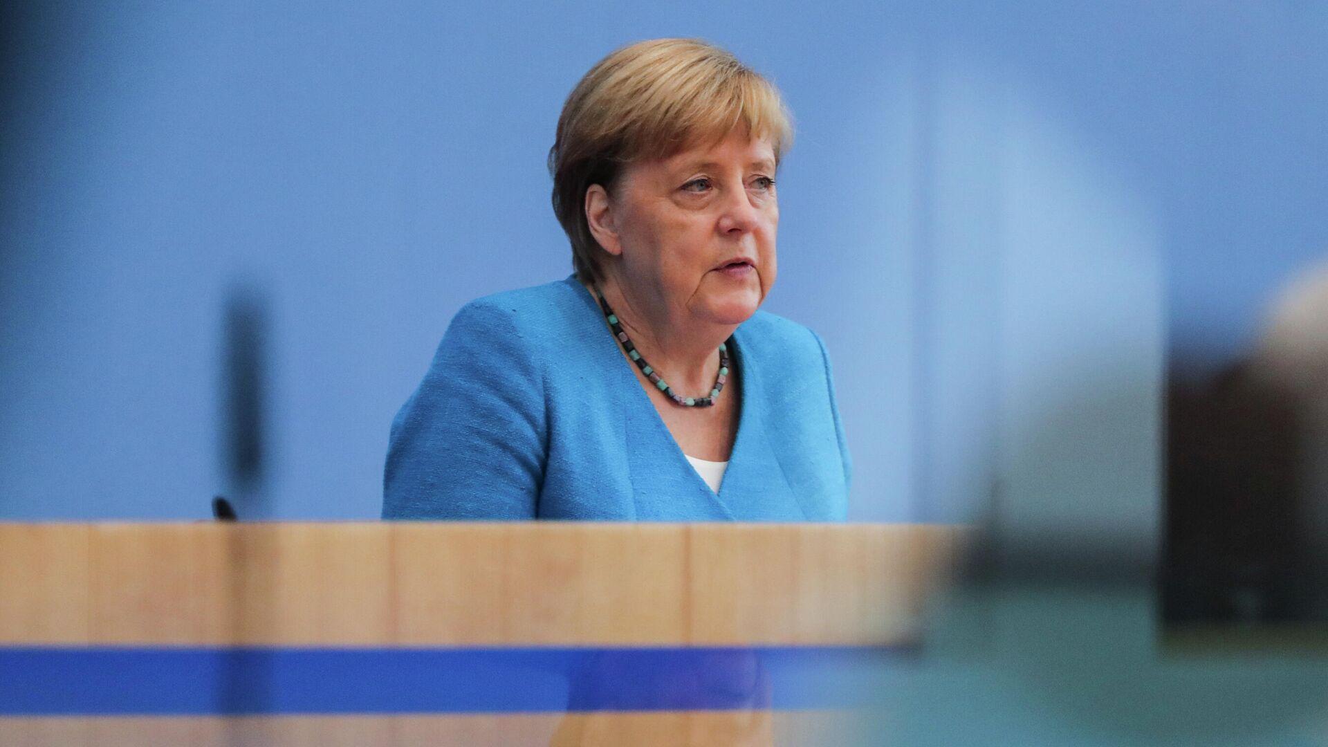 Ангела Меркель во время пресс-конференции в Берлине - РИА Новости, 1920, 10.09.2020