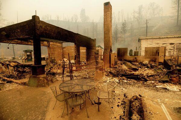 Последствия лесных пожаров в американском штате Калифорния