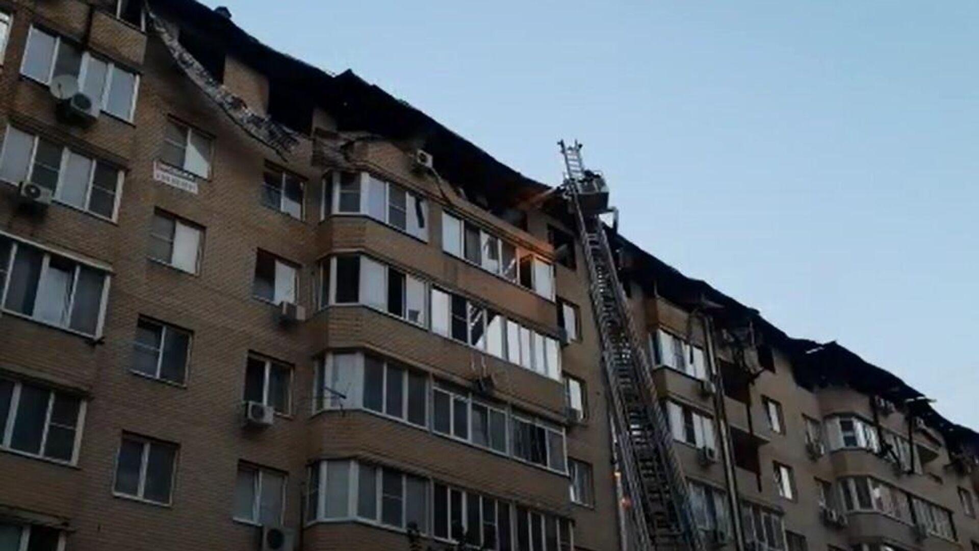 Ликвидация пожара в Краснодаре. 13 сентября 2020 - РИА Новости, 1920, 14.09.2020