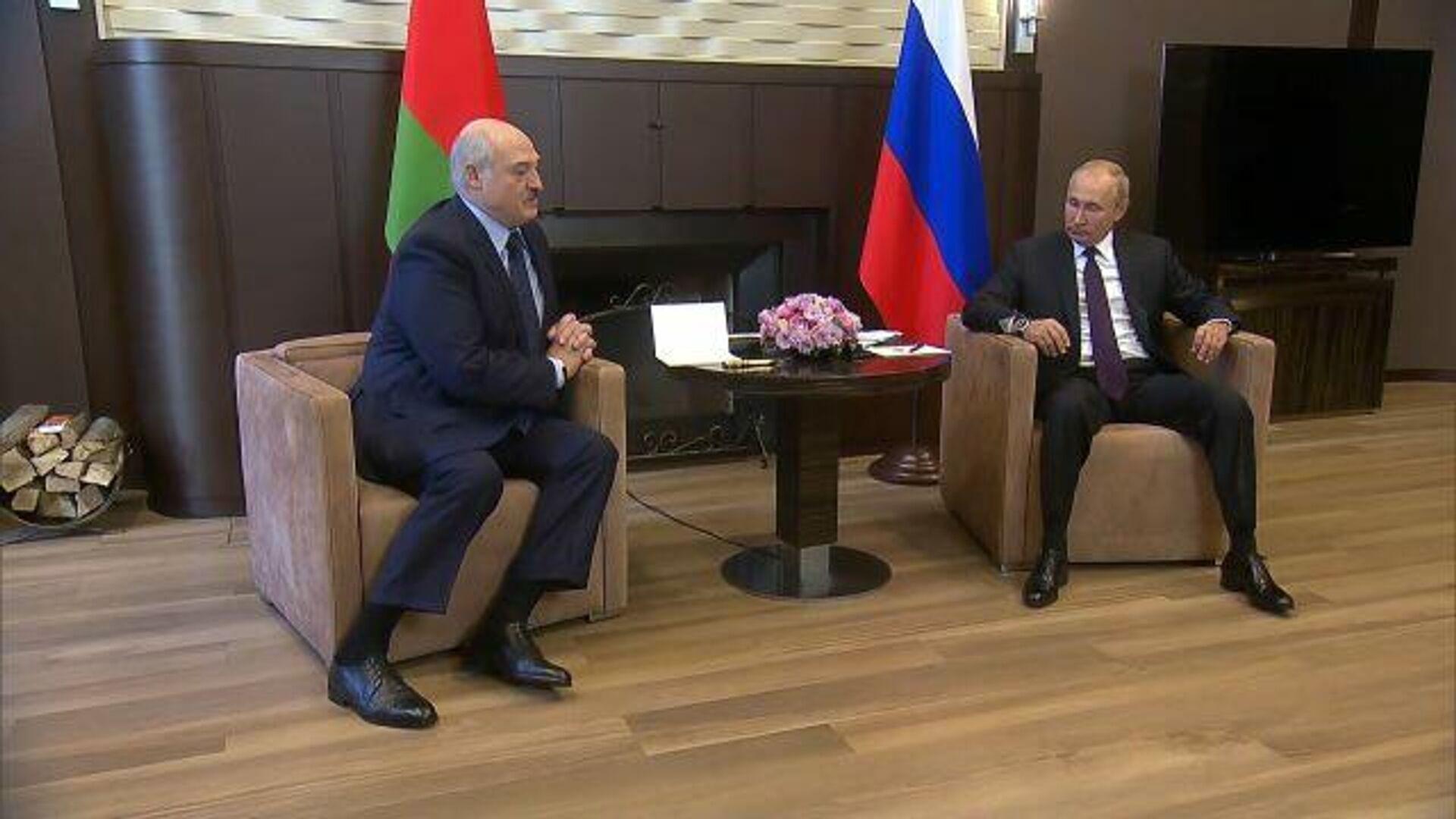 Лукашенко: Если кому-то за границей хочется почесать руки, то Минск может почесать - РИА Новости, 1920, 14.09.2020