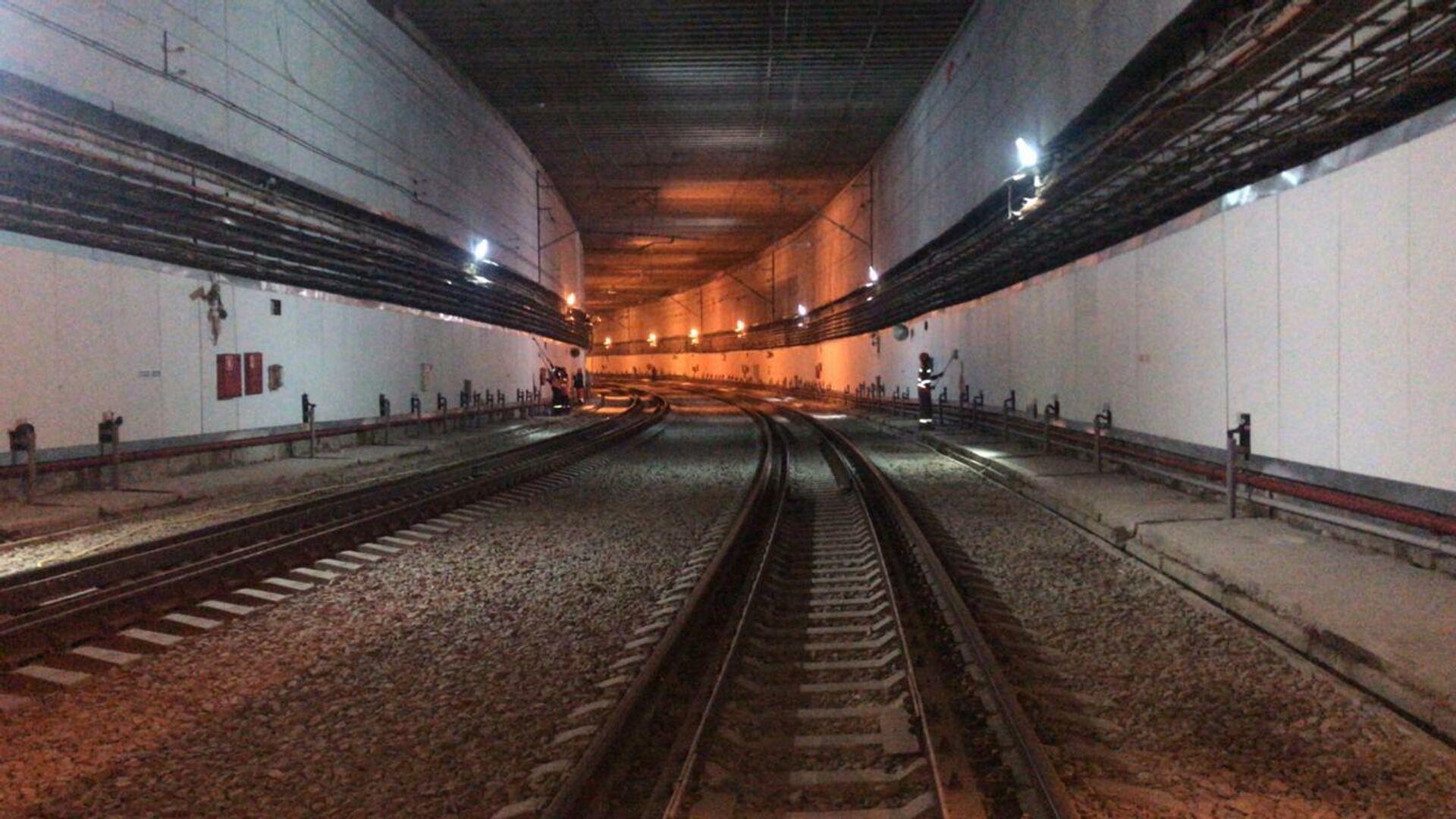 Железнодорожный тоннель рядом с аэропортом Внуково - РИА Новости, 1920, 16.09.2020