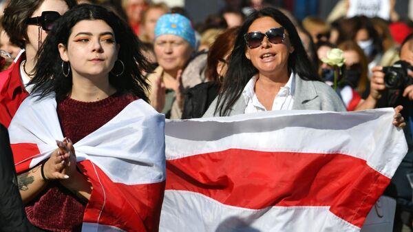Участники марша оппозиции в Минске