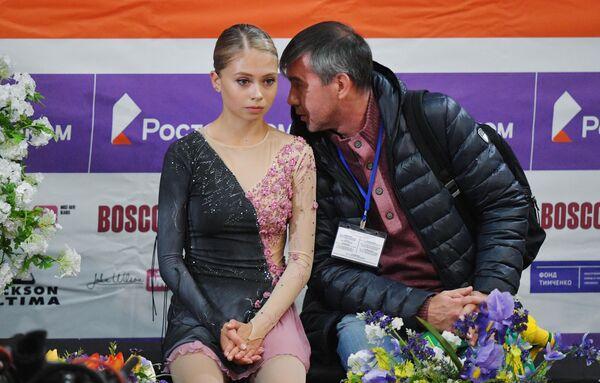 Станислава Молчанова и ее тренер Алексей Урманов
