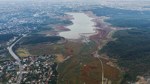 Вид на Симферопольское водохранилище