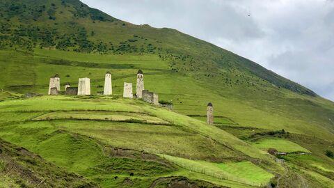 Эрзи - один из крупнейших средневековых башенных комплексов горной Ингушетии