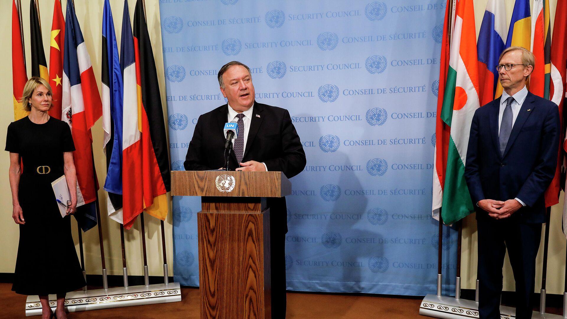 Госсекретарь США Майк Помпео на пресс-конференции после встречи с членами Совета Безопасности ООН. 20 августа 2020 - РИА Новости, 1920, 22.09.2020