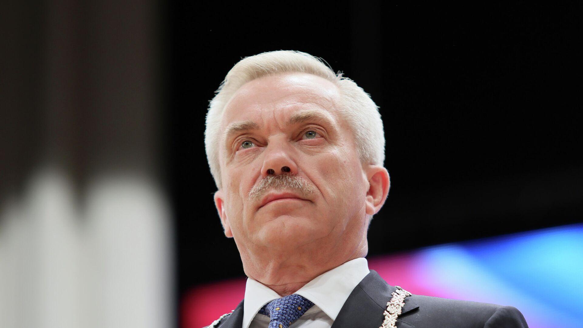 1577590808 0:30:3057:1750 1920x0 80 0 0 c94c47956a3146a4de520200e7404c5f - Бывший белгородский губернатор Савченко приступил к работе сенатором