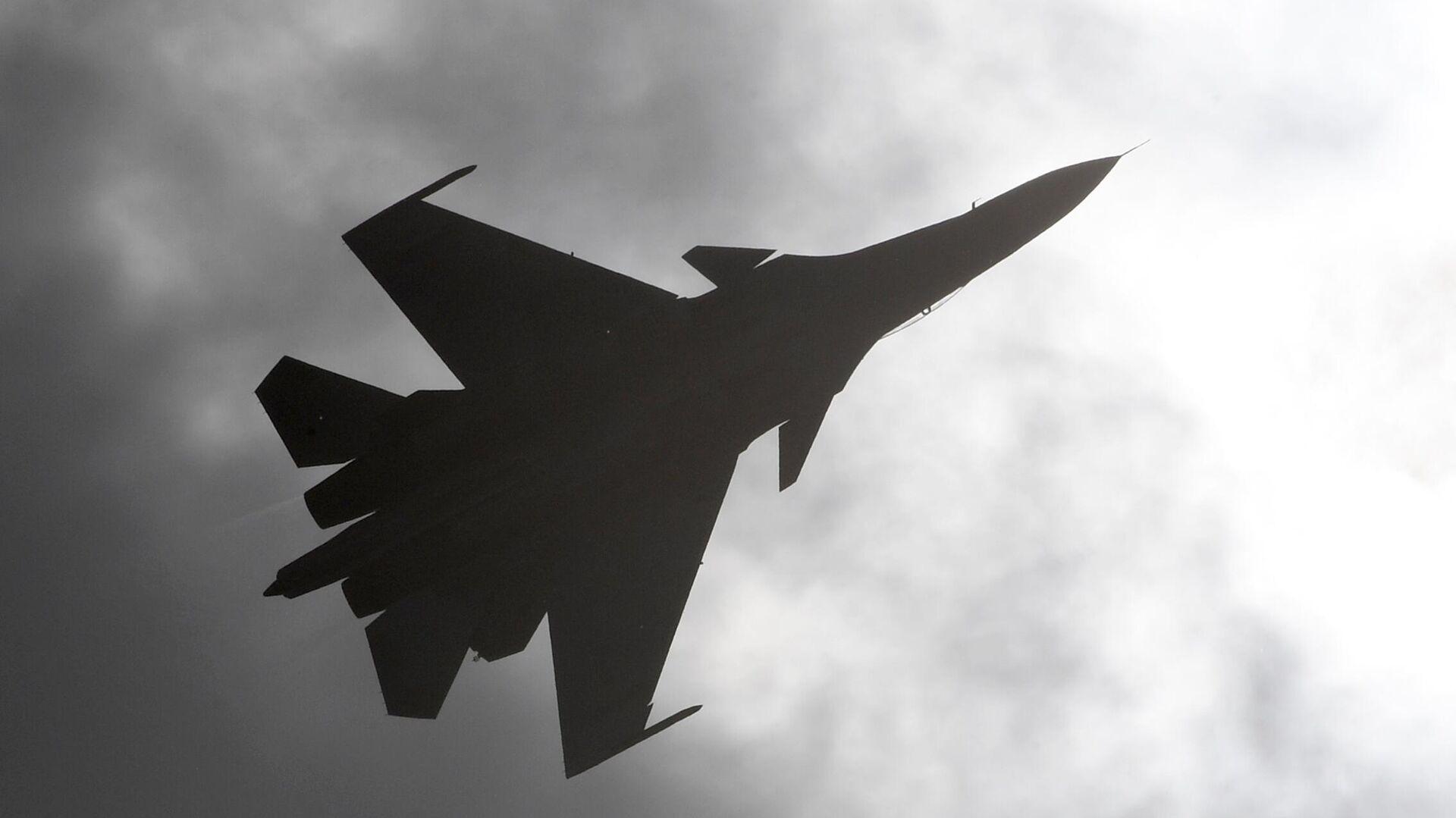 В Крыму два летчика совершили катапультирование из стоящего на земле Су-30СМ