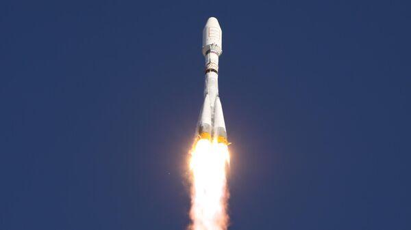 Пуск ракеты Союз-2.1а с разгонным блоком Фрегат. Июль 2011