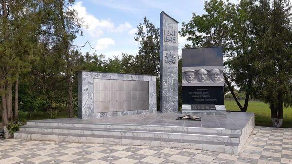 На Ставрополье отремонтировали более 50 воинских памятников