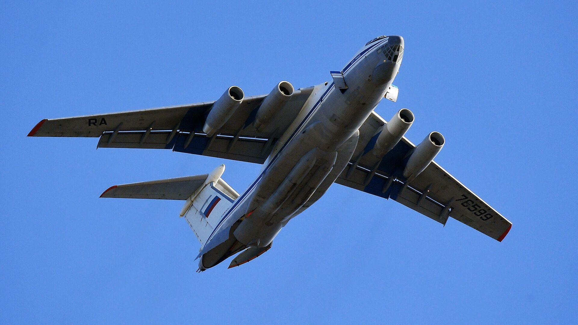 Тяжёлый военно-транспортный самолёт Ил-76 - РИА Новости, 1920, 25.09.2020
