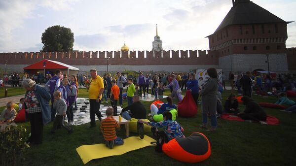 Участники торжественных мероприятий, посвященных 500-летию Тульского кремля
