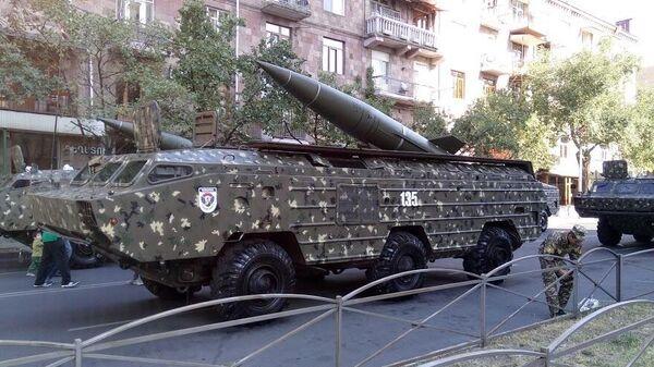 Комплекс Точка-У на параде в Ереване