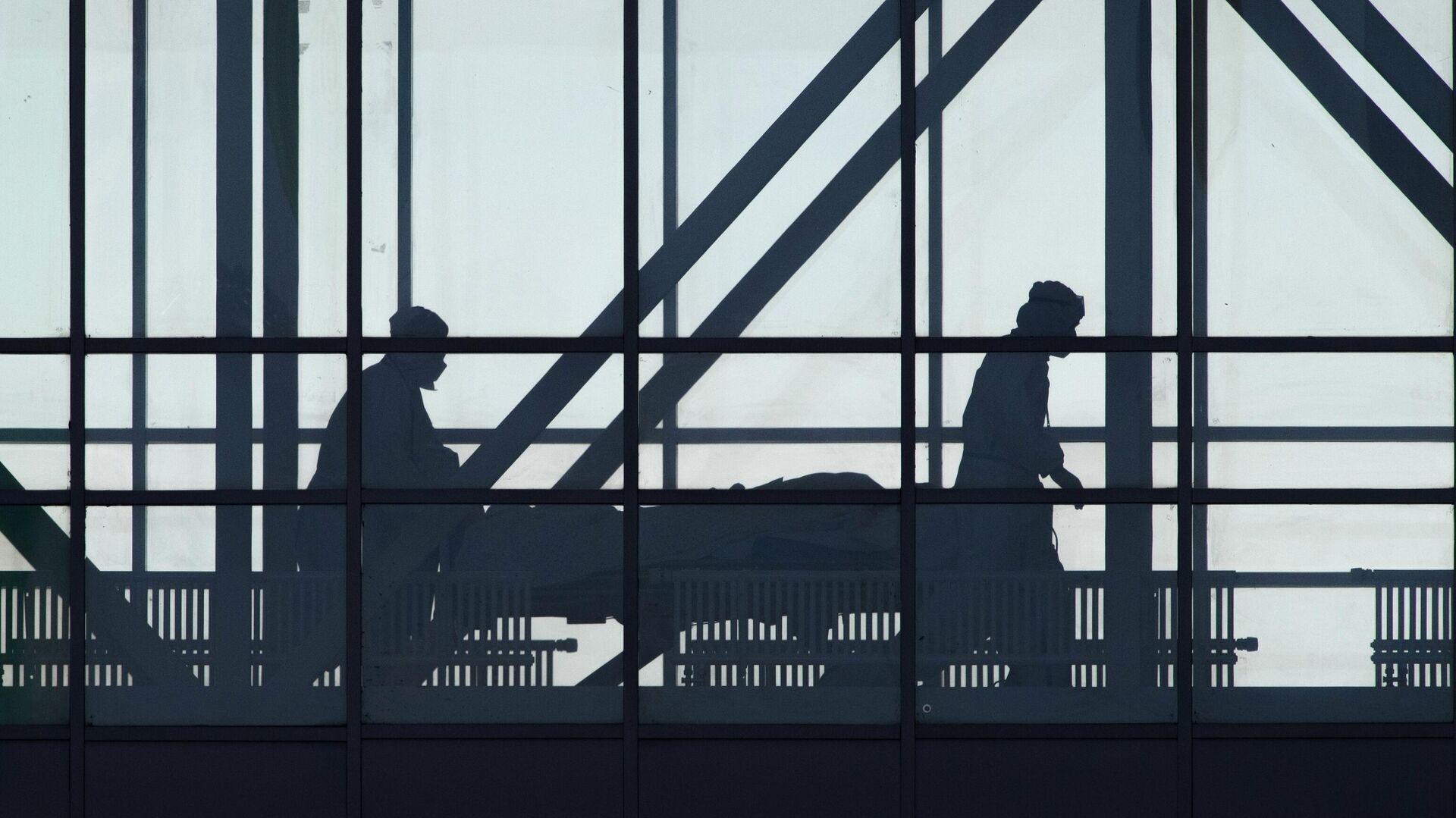 Медицинские работники в здании карантинного центра в Коммунарке - РИА Новости, 1920, 15.06.2021