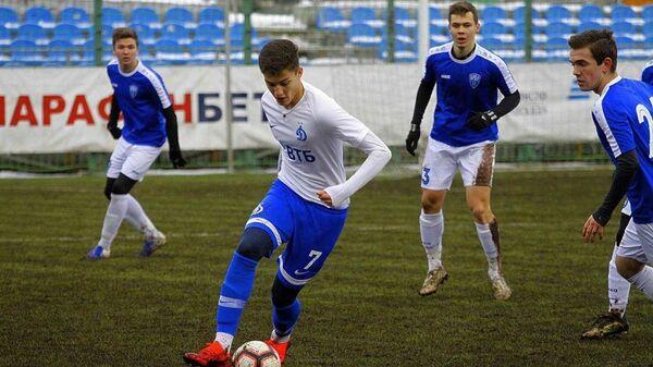 Футболист московского Динамо Арсен Захарян.