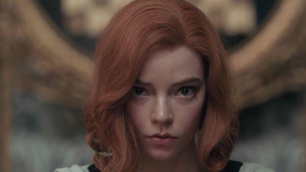 Кадр из сериала Ход королевы