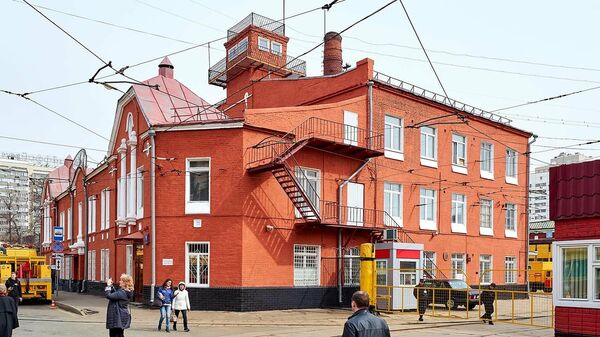 Трамвайное депо имени Апакова на улице Шаболовка в Москве