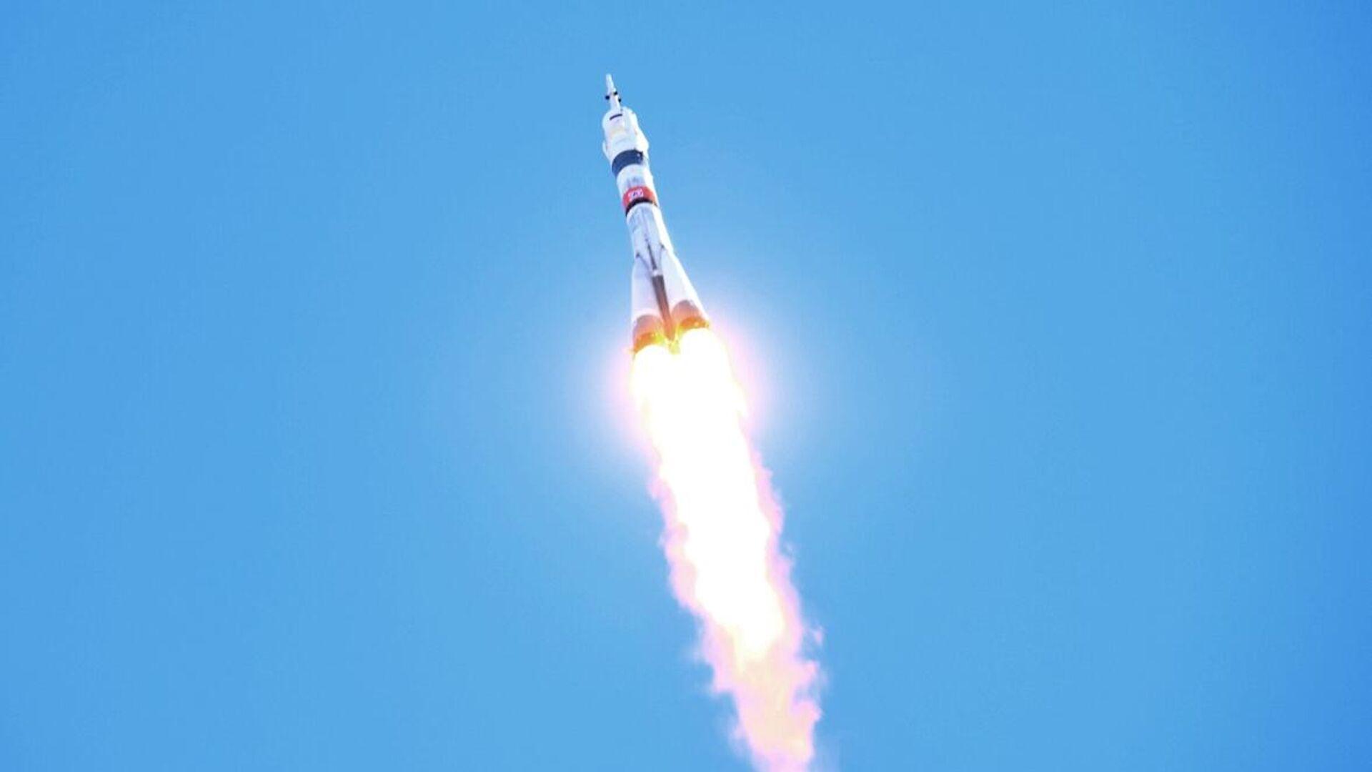 Запуск ракеты-носителя Союз-2-1а с кораблем Союз МС-17 с космодрома Байконур - РИА Новости, 1920, 14.10.2020