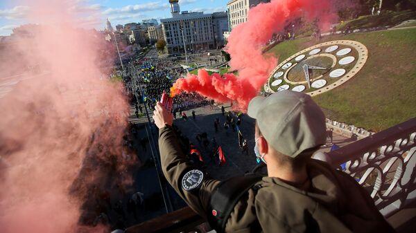 Марш националистов в Киеве в честь создания Украинской повстанческой армии