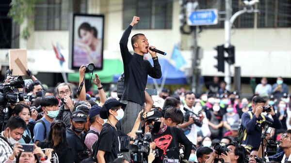 Участники акции протеста в Бангкоке, Таиланд