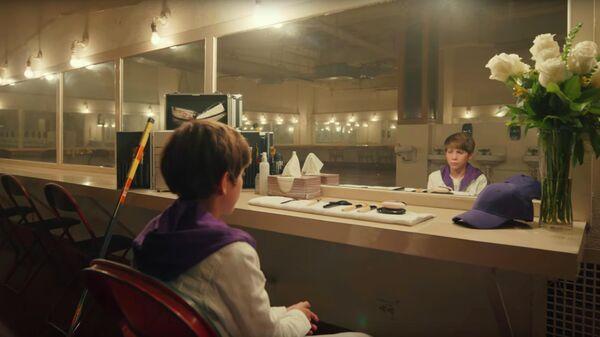Скриншот клипа Justin Bieber & benny blanco Lonely
