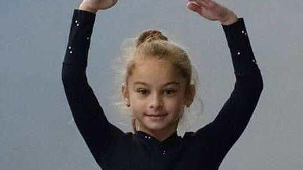 Российская фигуристка Алена Жилина.