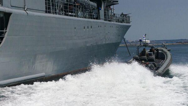 Военнослужащие армии Украины отрабатывают действия против захвата кораблей в Черном море
