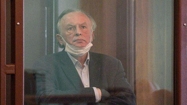 Историк Олег Соколов в зале судебного заседания