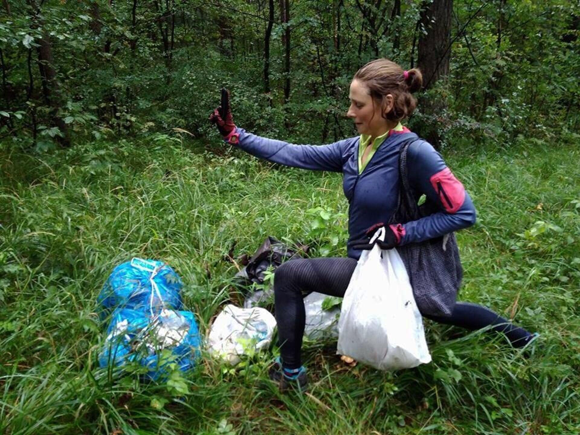 Пакеты для сбора мусора Дина тоже находит в лесу - ПРОФИ Новости, 1920, 23.10.2020