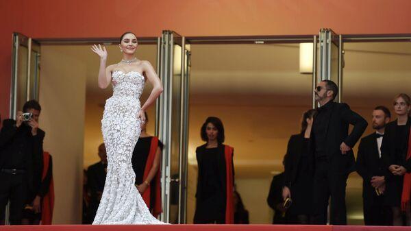 Модель Оливия Кульпо на Каннском международном кинофестивале