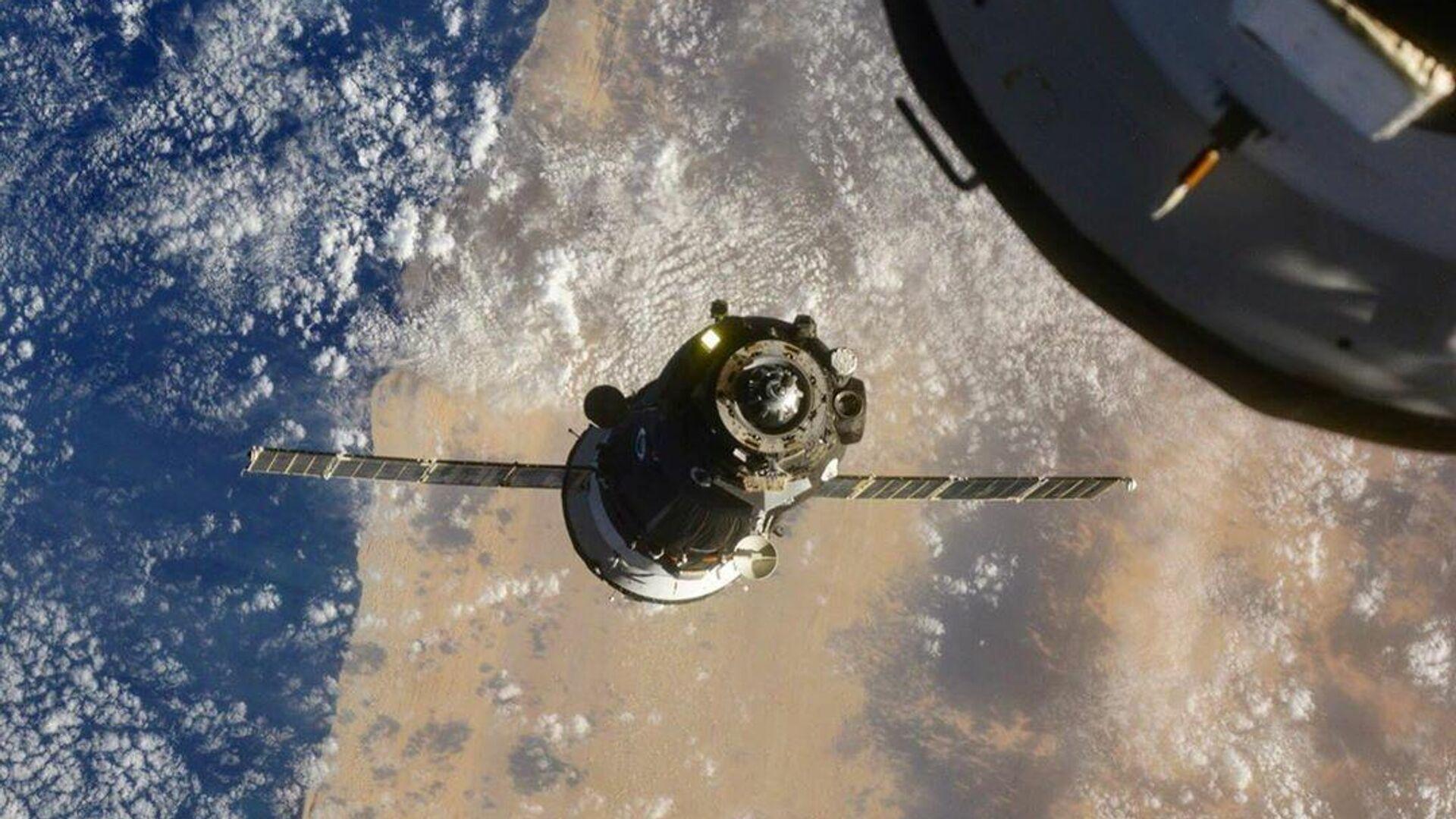 Рогозин рассказал об успешном запуске спутника Falcon Eye