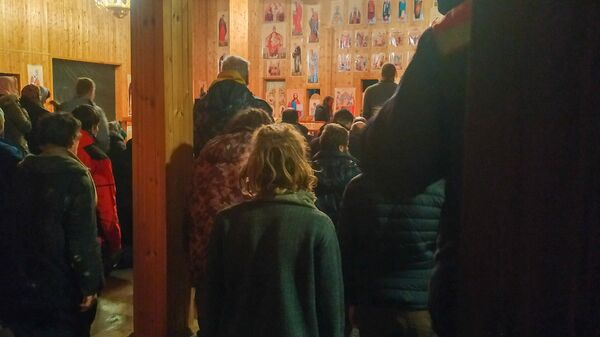 Ночная служба в храме Царя-мученика Николая в Чихачево