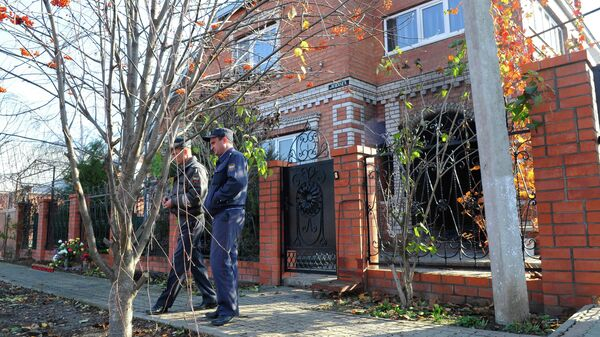 Частный дом в станице Кущевская Краснодарского края, где сотрудники правоохранительных органов обнаружили тела 12 погибших, в том числе четырех детей